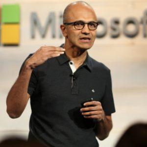 Případová studie Microsoft: Jak úspěšně provést velkou změnu